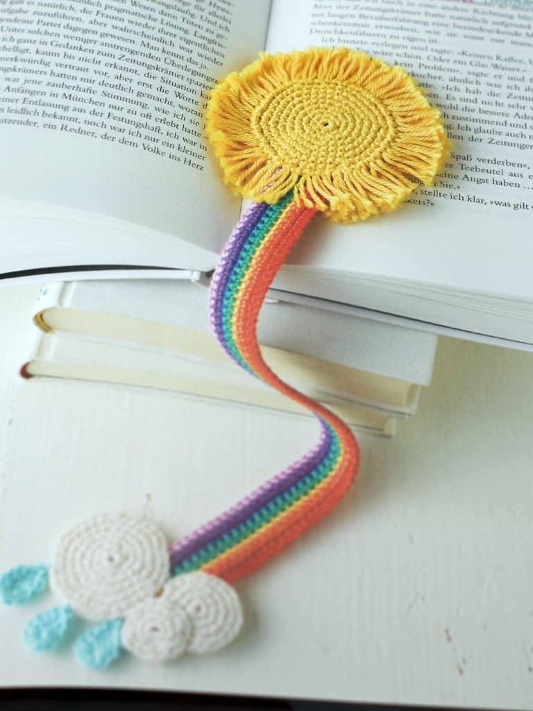 das-bunte-regenbogen-strick-und-häkelbuch