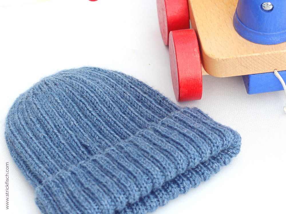 Kinder Mütze aus Ramie deluxe (Atelier Zitron) – kostenlose Strickanleitung